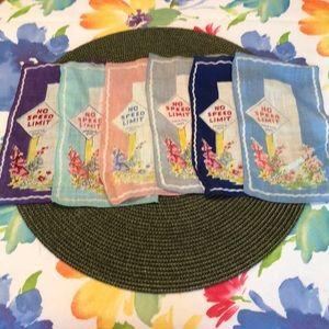 Vintage - 6 Colorful Short Cocktail  Napkins